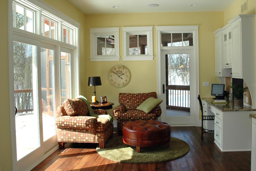 Luxury Sitting Area by Behr Design